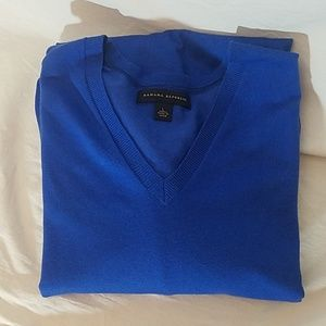 Banana Republic Blue V Neck Silk/Cotton Sweater